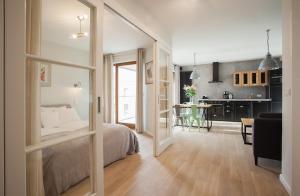 Stay-In Riverfront Lofts, Апартаменты  Гданьск - big - 22
