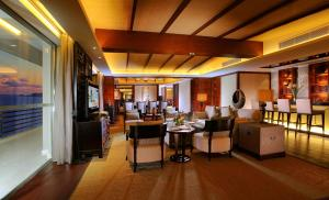Pullman Oceanview Sanya Bay Resort & Spa, Hotels  Sanya - big - 14