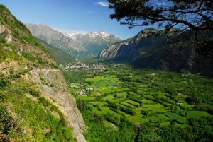 Camping La Cascade, Chalet  Le Bourg-d'Oisans - big - 19