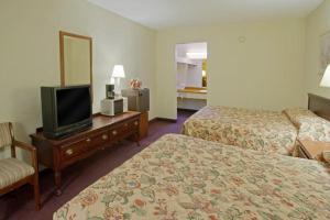Americas Best Value Inn & Suites Tyler, Motel  Tyler - big - 4