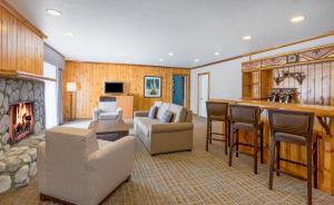 Holiday Inn Resort The Lodge at Big Bear Lake, Hotely  Big Bear Lake - big - 5