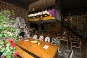 Chengdu Dreams Travel International Youth Hostel, Hostels  Chengdu - big - 10
