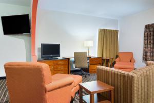 Quality Inn Commerce, Hotely  Commerce - big - 41
