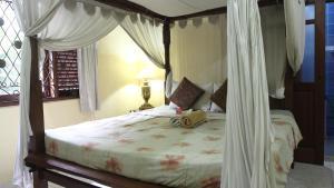 Villa Bhuana Alit, Гостевые дома  Убуд - big - 91