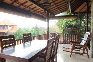Villa Bhuana Alit, Гостевые дома  Убуд - big - 64