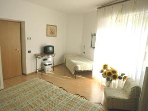 Hotel Zanella, Hotely  Nago-Torbole - big - 22