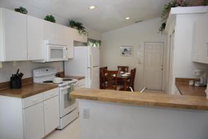Laurel Ridge Villa FP007, Dovolenkové domy  Davenport - big - 9