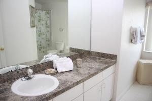 Laurel Ridge Villa FP007, Dovolenkové domy  Davenport - big - 6