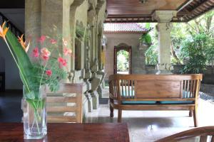 Villa Bhuana Alit, Гостевые дома  Убуд - big - 24