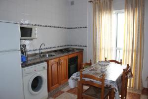 Apartamento San Isidro 2, Ferienwohnungen  Conil de la Frontera - big - 8