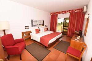 Praia da Lota Resort – Hotel (Ex- turoasis), Hotely  Manta Rota - big - 13