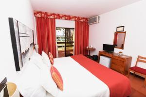 Praia da Lota Resort – Hotel (Ex- turoasis), Hotely  Manta Rota - big - 9