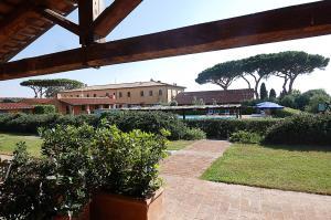 Podere San Giuseppe, Apartmanhotelek  San Vincenzo - big - 15