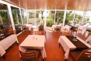 Praia da Lota Resort – Hotel (Ex- turoasis), Hotely  Manta Rota - big - 31