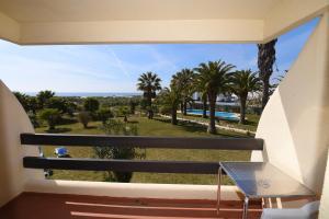 Praia da Lota Resort – Hotel (Ex- turoasis), Hotely  Manta Rota - big - 6
