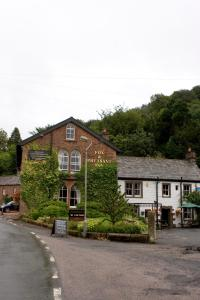 Fox and Pheasant Inn