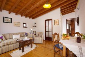 Cortijo Lagar de Luisa, Country houses  Borge - big - 24