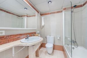 Hostal Brisa Marina, Affittacamere  Port d'Alcudia - big - 4