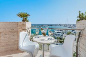Hostal Brisa Marina, Affittacamere  Port d'Alcudia - big - 1