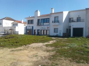 Casa Berlengas a Vista, Apartmanok  Peniche - big - 43