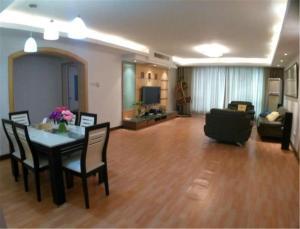 Qingdao Dusco Holiday Apartment Shilaoren Park, Apartmanok  Csingtao - big - 5