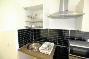 One-Bedroom Apartment (3 Adults) - Carrer Vila i Vila