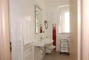 Residence & Suites Solaf, Aparthotely  Bonate di Sopra - big - 26