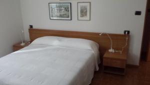 Albergo Garnì Delle Rose, Hotely  Dro - big - 19