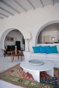 Boundless Blue Villas, Vily  Platis Yialos Mykonos - big - 73
