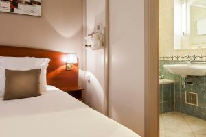 Comfort Hotel Cachan Paris Sud, Hotels  Cachan - big - 1