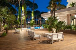Hotel Belvedere, Отели  Морской Милан - big - 56