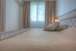 Hotel Adrović, Hotely  Sveti Stefan - big - 46