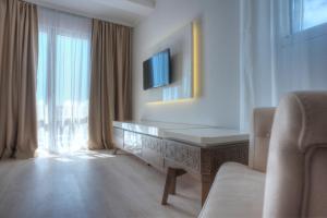 Hotel Adrović, Hotely  Sveti Stefan - big - 57