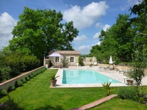 La Maison Forte, Bed & Breakfast  Montaut - big - 40