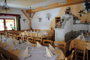 Hotel Gasthof Seeblick, Affittacamere  Zeutschach - big - 33