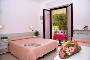 Hotel Tonti, Hotels  Misano Adriatico - big - 40