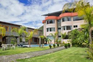 Apartments For Rent In Ambato 8