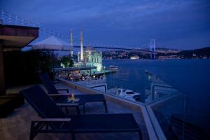 Bosphorus露台套房