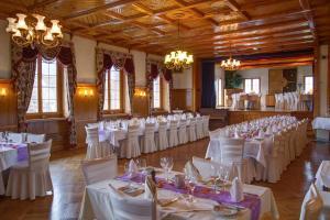 Gasthof zur Bündte, Hotels  Jenins - big - 27