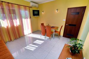 Apartments Dinko Zifra, Апартаменты  Тиват - big - 50