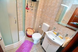 Apartments Dinko Zifra, Апартаменты  Тиват - big - 46