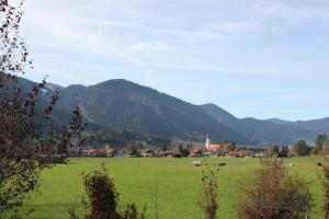 Ferienwohnungen Almrausch, Apartmanok  Oberammergau - big - 15