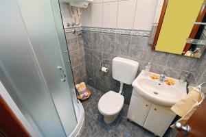 Apartments Dinko Zifra, Апартаменты  Тиват - big - 19