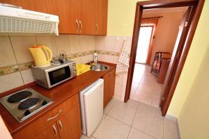 Apartments Dinko Zifra, Апартаменты  Тиват - big - 8