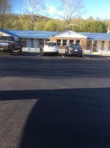 Scenic River Inn Motel, Motelek  Wartburg - big - 1