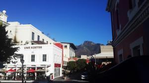 Purple House, Bed & Breakfast  Città del Capo - big - 34