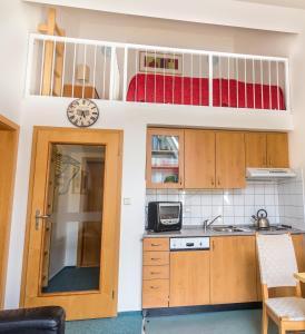Apartment Poustevník, Apartments  Pec pod Sněžkou - big - 6