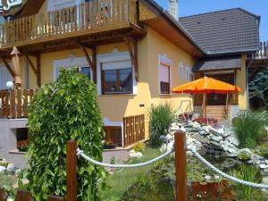 Apartman Siesta, Апартаменты  Бюк (Bükfürdö) - big - 4