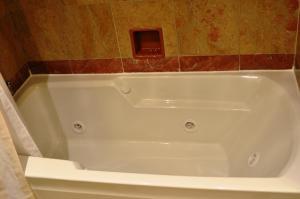 特大号床间 - 带Spa浴缸