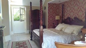 Riverside Lodge B&B, Bed and Breakfasts  Carlingford - big - 36